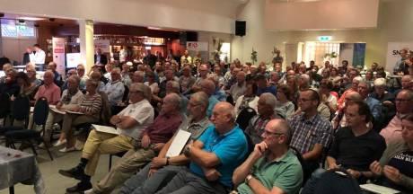 Drukte bij eerste informatieavond over aanleg glasvezel in Milsbeek