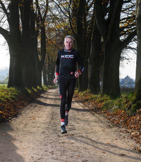 De levenslessen van oud-wielrenner Theo de Rooij: 'We moeten leren om dagelijks een uurtje vakantie te pakken'
