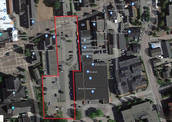 Dit plein moet het Derk Smoes-plein worden.