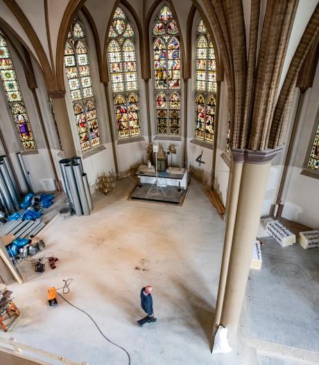 Metamorfose: Van een lege Heilig Hart kerk naar een straks bruisend schoolgebouw in Deventer