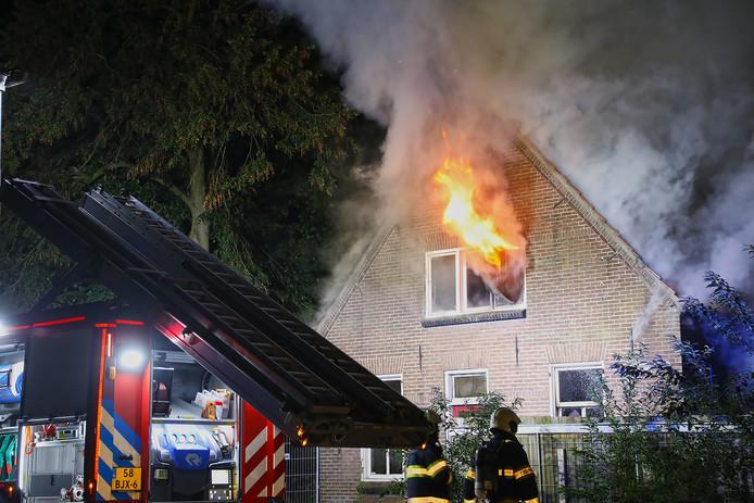 Brand in woning aan Aengelbertlaan in Oss.