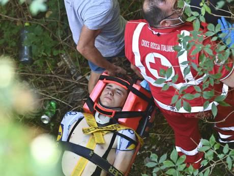 """Lourde chute de Remco Evenepoel au Tour de Lombardie: """"Il est conscient"""""""