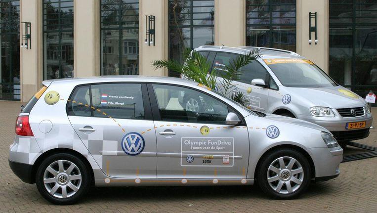 Een Volkswagenauto voor atleten in 2004. Beeld anp