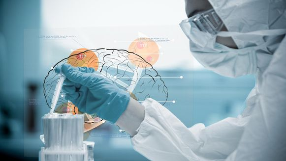 Wetenschappers slaagden er in 2013 al in het afsterven van hersencellen bij muizen te stoppen.
