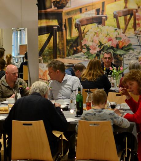 Heel Maartensdijk kan aanschuiven bij pop-uprestaurant Aan de Keukentafel