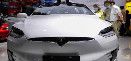 'Autosleutel van Tesla Model X binnen een paar minuten te hacken'