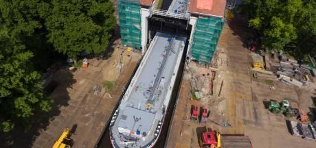 Sluis weer open, maar Twentekanaal nog lang niet klaar voor grote schepen