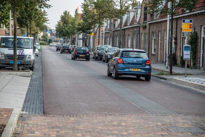 De gemeente Zwolle heeft inmiddels vijftien klachten van omwonenden gekregen over de vernieuwde Rembrandtlaan.