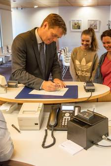 Burgemeester nu officieel inwoner Gemert-Bakel