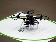 Drone jaagt Japanse overwerker weg van bureau