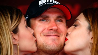 """Van Garderen tot tranen toe bewogen na Giro-triomf: """"Ik voelde me tot vandaag niet opperbest"""""""
