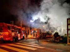 Brandweer vermoedt dat brand op Vierwiekenplein is aangestoken