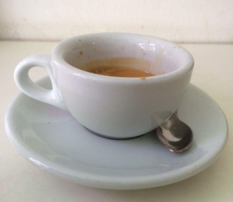 Trakteren koffie. J.P. Heijestraat 119 in Amsterdam. ***** Beeld null