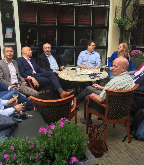 Coalitiepartijen eten bij Chez Jacqueline voor goede verstandhouding