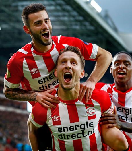 Supporters van PSV hebben al zin in Ajax-PSV: Uitvak in paar tellen uitverkocht