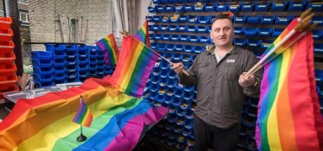 Topweken voor Harderwijkse verkoper van regenboogvlaggen