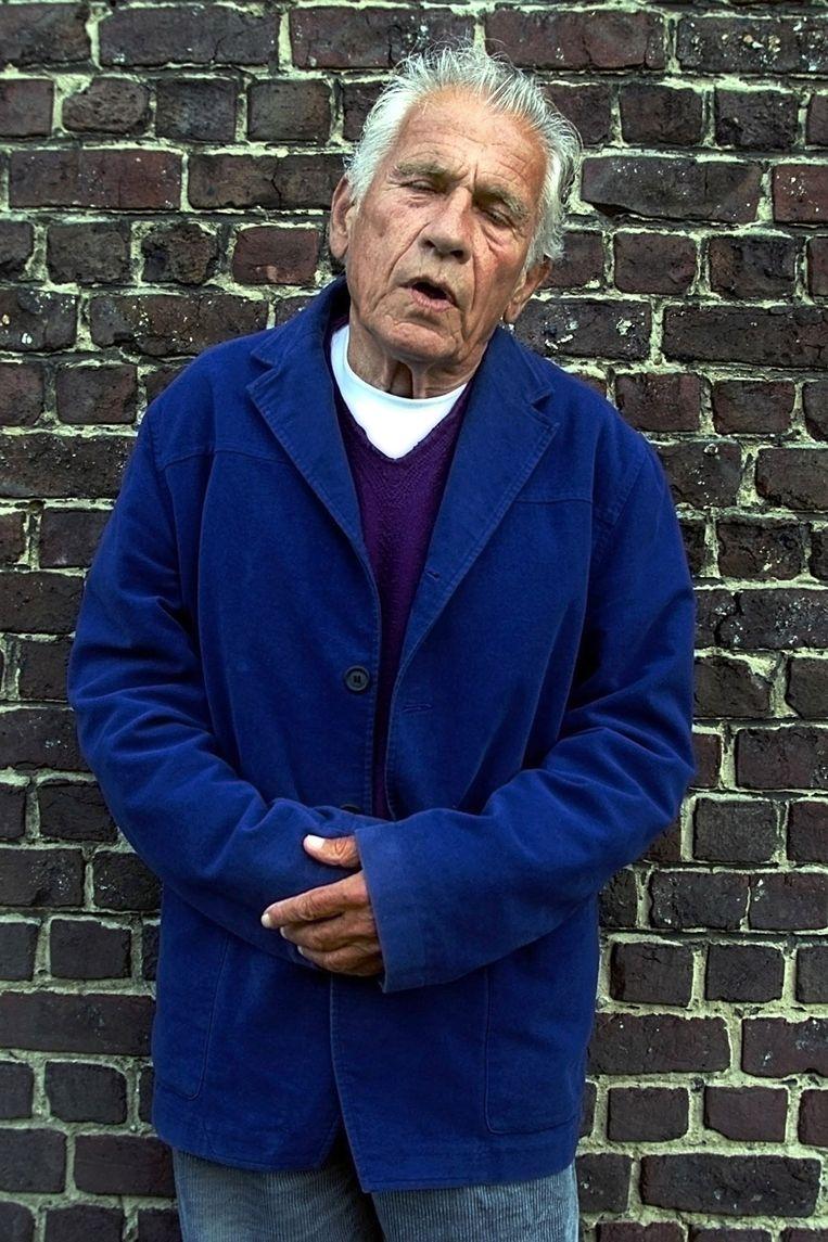 Gerard Reven in Machelen, 2001. Beeld Marcel Molle