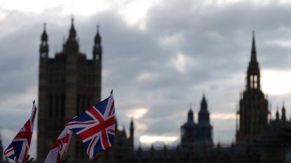 Nog exact een week tot de Britse verkiezingen: dit willen de partijen, en zo werkt de stembusslag