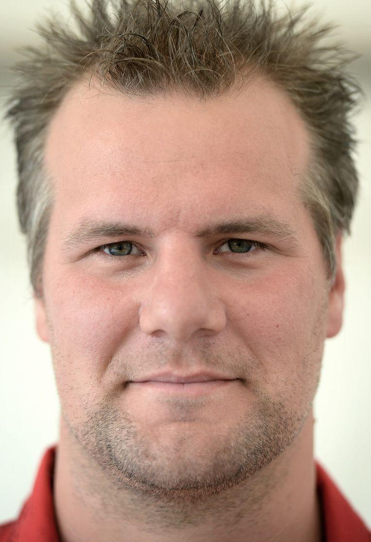 Chris Bomers, melkveehouder. Beeld Marcel van den Bergh / de Volkskrant