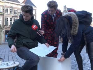 De ultieme Valentijns-test: welk stel zet zonder ruzie een Ikea-kastje in elkaar?