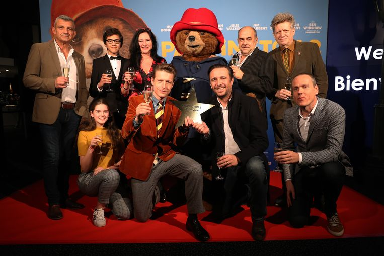 De cast op de première van Paddington 2 - de film is nu in de cinema.