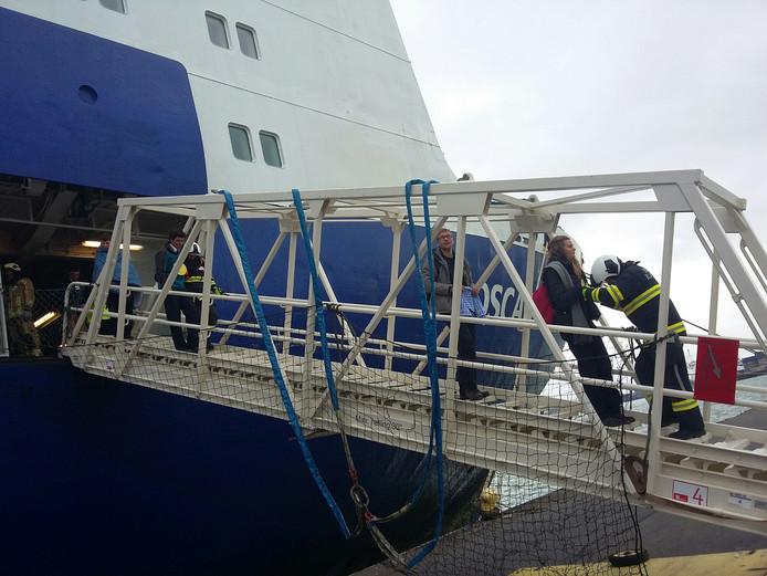 De loopbrug van veerboot Oscar Wilde van Irish Ferries.