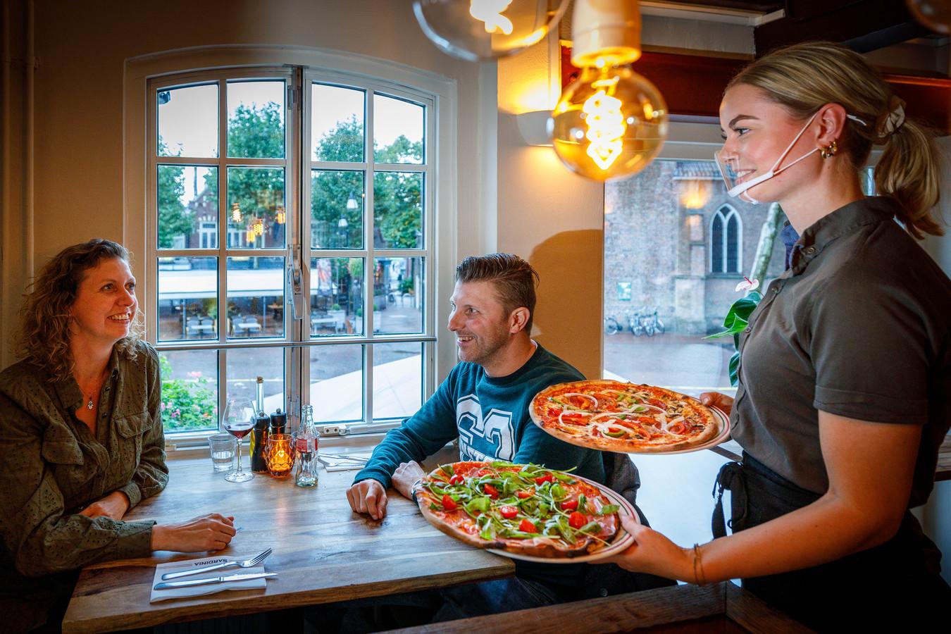 Natuurlijk serveert Ristorante Sardinia in Meppel ook pizza's, maar er staan meer authentieke Italiaanse gerechten op het menu.
