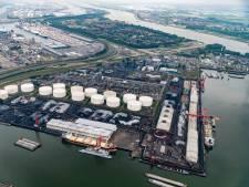 Overslagbedrijf EBS in de Rotterdamse haven voor 24 uur plat