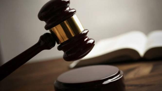 """Advocaat moet mogelijk jaar achter tralies voor tabaksdiefstallen in Colruyt: """"Ik ben dom geweest"""""""
