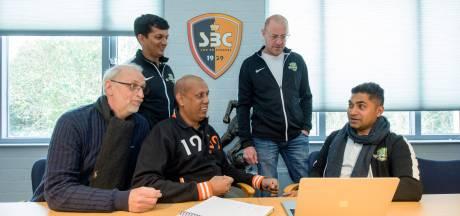 Voetbalclub uit Son helpt Indiase club om kinderen uit sloppenwijken te halen