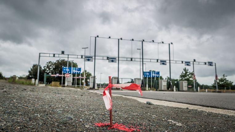 Buurtweg nr.3 op parking C zorgt voor een kink in de kabel rond het Eurostadion.