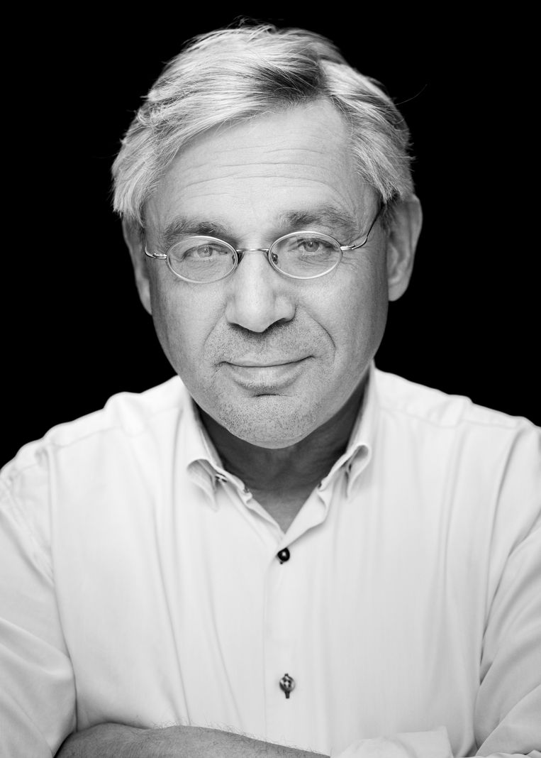 Dick Bijl is oud-huisarts en epidemioloog en voorheen hoofdredacteur van het Geneesmiddelenbulletin. Beeld