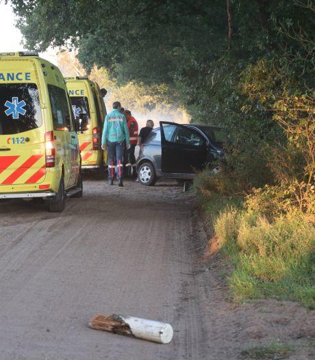 Twee gewonden bij ongeluk op zandweg bij Lunteren