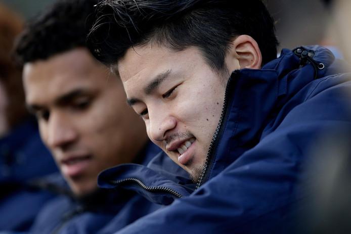 Darryl Lachman (l) en Yuta Nakayama ontbreken deze week bij PEC Zwolle. Ook Dennis Johnsen waait uit vanwege interlandverplichtingen. Hij speelt tegen dinsdag tegen Jong Oranje.