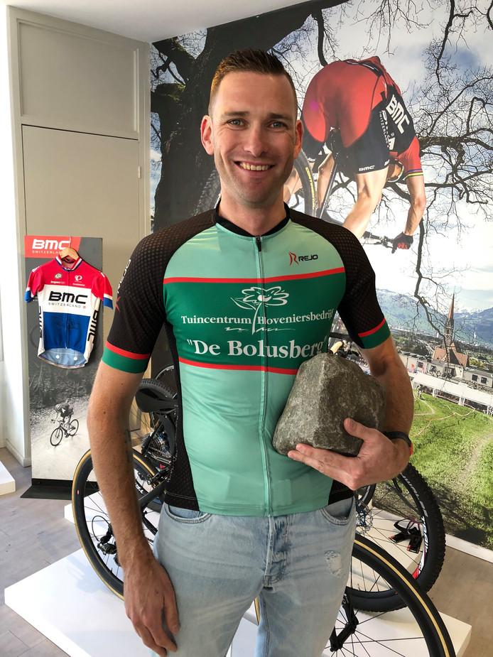 Kevin Nolan houdt van uitdagingen. Zaterdag 28 september vertrekt hij aan 'zijn' Hel van Zeeuws-Vlaanderen. Wie durft, kan meerijden over de 340 kilometer lange route.