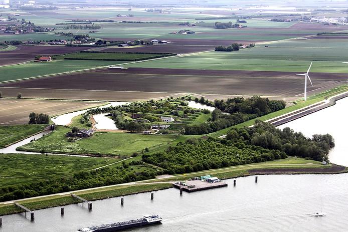 Luchtfoto van Fort Sabina nabij Heijningen. Foto Henk den Ridder