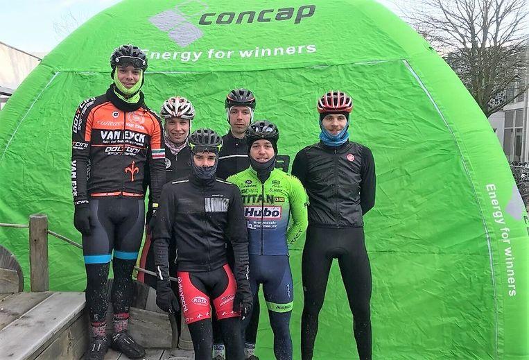 De renners van het Rupel Cycling Team.