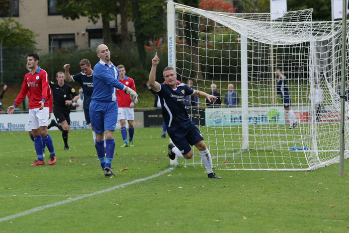 Net zoals hier tegen VVGZ kroonde Daan Esser zich zaterdag tegen Bruse Boys tot matchwinnaar.