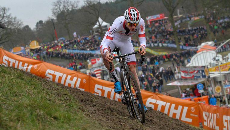 Mathieu van der Poel wint afgelopen zondag de Grote Prijs Adrie van der Poel, de laatste wereldbekerwedstrijd van het seizoen. Beeld anp