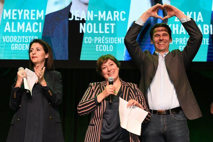 Een minzame lach bij Meyrem Almaci, een hartje bij Jean-Marc Nollet, covoorzitter bij Ecolo. Die had meer reden om gelukkig te zijn.