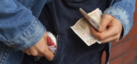 21-jarige man uit Tholen verdacht van drugshandel in Roosendaal