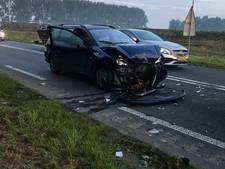 Veel schade na aanrijding tussen auto's