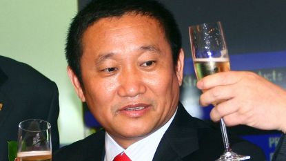 """Chinese miljardair ontdook importtarieven VS"""