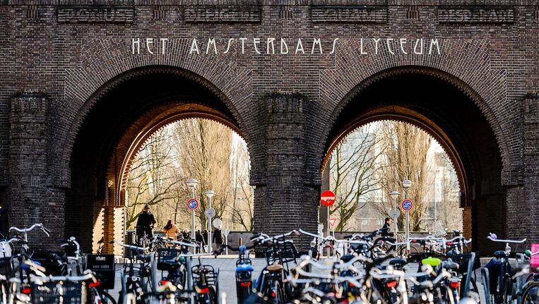 Het wordt spannend voor de populaire scholen in de stad, met het Hyperion en het Amsterdams Lyceum als koplopers Beeld anp