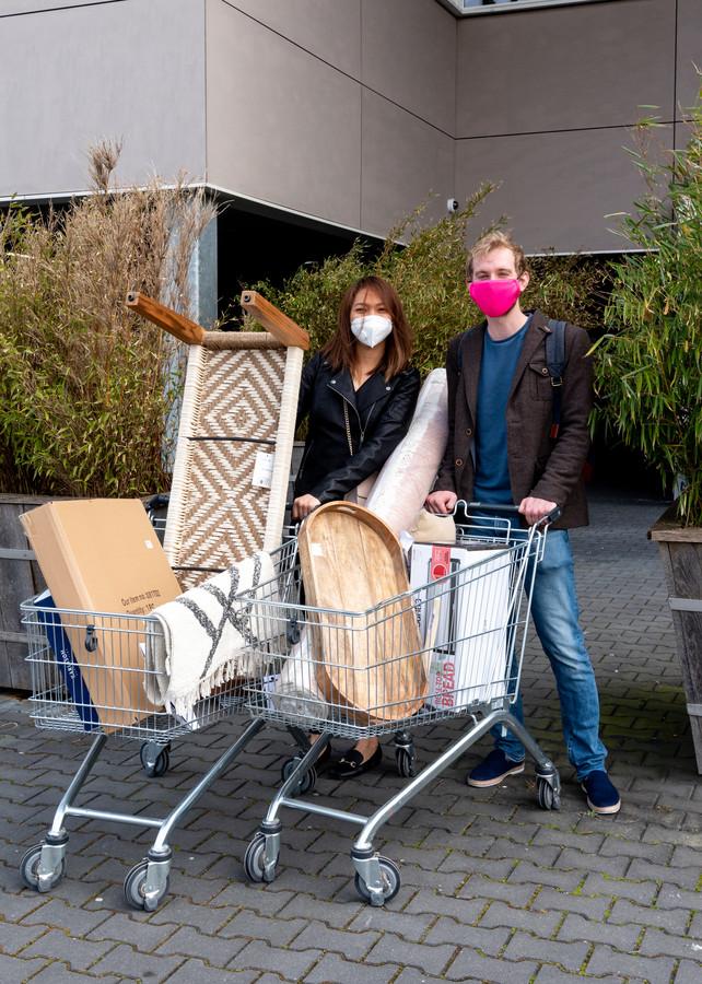 Kei en Jasper hebben net een nieuw huis in De Meern en kwamen voor de nodige accessoires naar Loods5