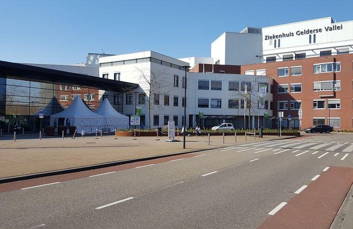 De hoofdingang van Ziekenhuis Gelderse Vallei in Ede.