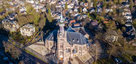 Ernst ligt wakker van kerkklokken in Apeldoorn. Zijn die nog van deze tijd?