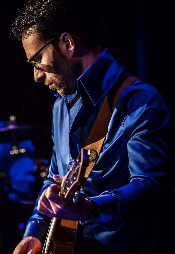 Gitarist Erik Verhoef uit Nuenen haakte af voor het festival Music in the Streets, omdat er geen vergoeding tegenover stond.