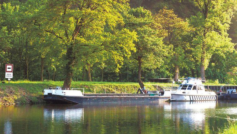 Lahneck, bij Lahnstein, is net als de andere middeleeuwse burchten langs het water beschermd door Unesco.