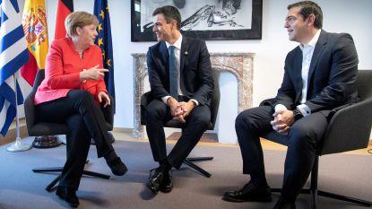 Merkel overtuigt Griekenland en Spanje om transmigranten sneller terug te nemen, Italië weigert